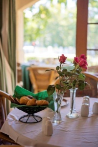 Oaktree Lodge Croissant and Roses-1