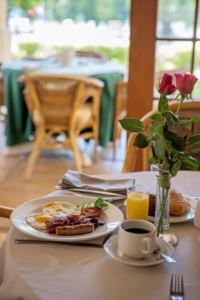 Oaktree Lodge Full English Breakfast and Coffee or Juice-1