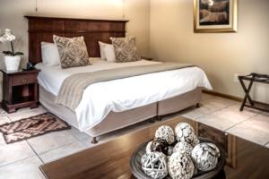 Oak Tree Lodge Garden Room Bed accommodation