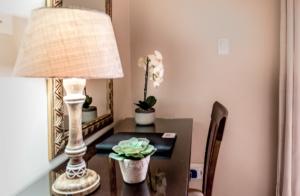 Oak Tree Lodge Garden Suite Full View_desk