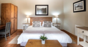Oaktree Lodge Paarl Hospitality Standard Rooms