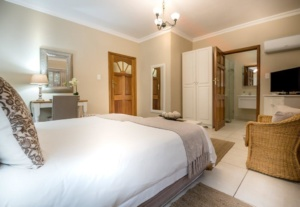 Oaktree Lodge Paarl Standard Room