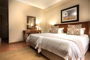 Oaktree Lodge Paarl Standard Room Places to Stay