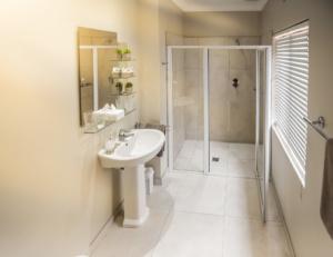 Oaktree Lodge Paarl Standard Rooms. interior