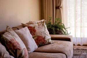 Oaktree Lodge Sofa