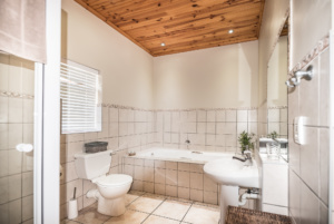 Oak Tree Lodge Accommodation Paarl Double Room With View Bathroom