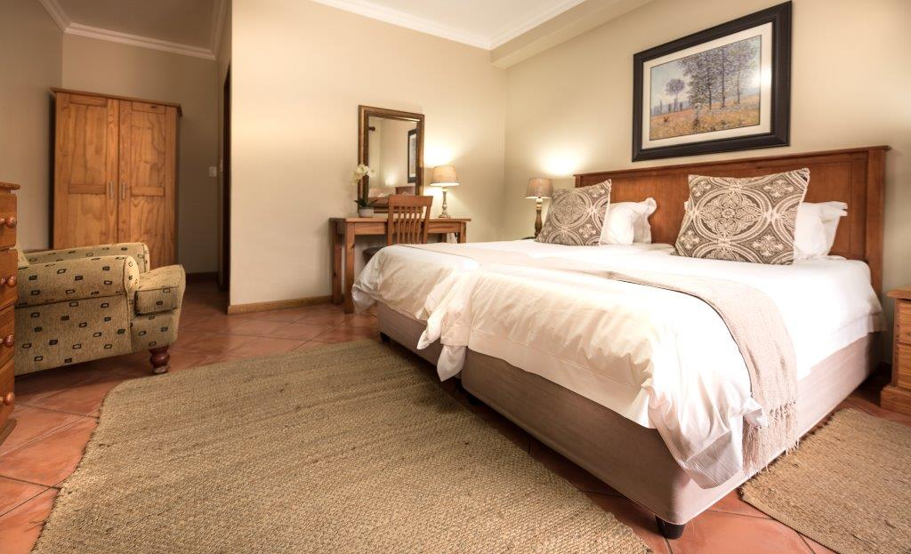 Oaktree Lodge Paarl Standard Room Book A Stay