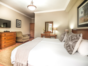 Oaktree Lodge Paarl Standard Rooms